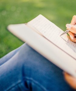 Journaling Your Way to Love: Dating Advice For Women